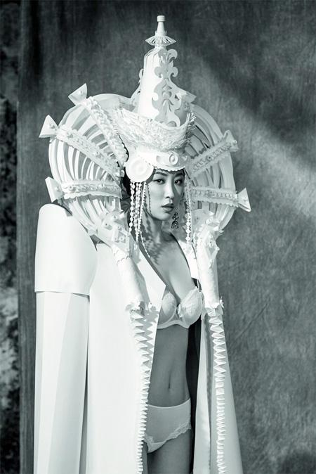 Artist Asya Kozina