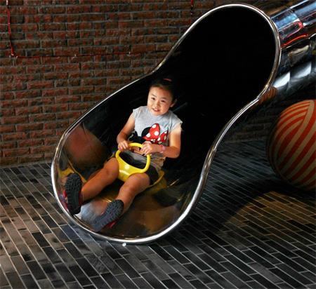 Slide Hotel in Taiwan