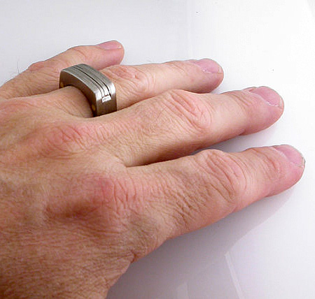 Man Ring