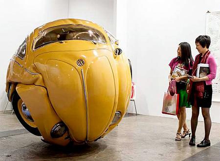 Indonesian artist Ichwan Noor