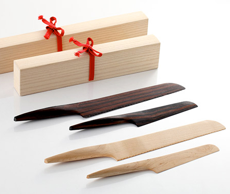 Kitchen Knives Made of Wood
