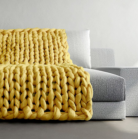 Ohhio Knitted Blanket