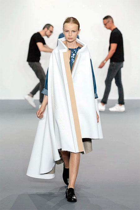 Viktor and Rolf Paintings Dress