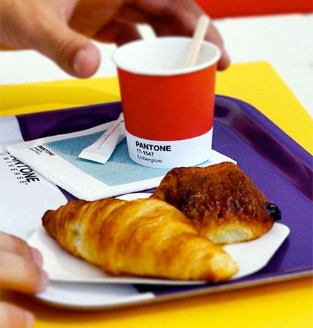 Monaco Pantone Cafe