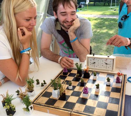 Micro Planter Chess Set