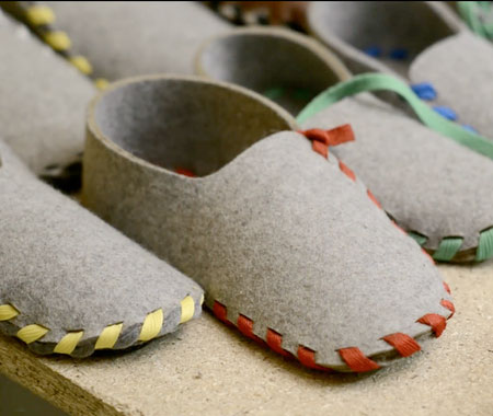 Lasso Flat Packed Slippers