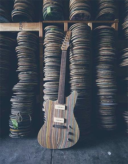 Skateboard Guitars