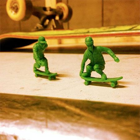 Green Toy Boarder
