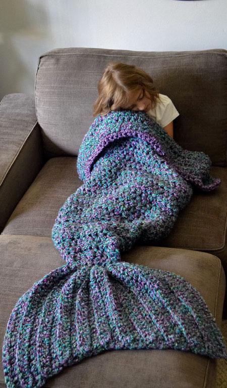 CassJamesDesigns Mermaid Blanket
