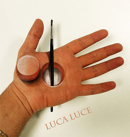Luca Luce 3D Hand Paintings