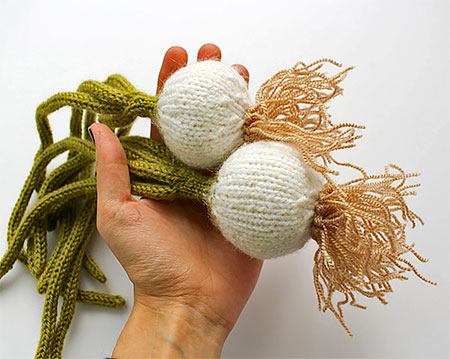 Knitted Onion