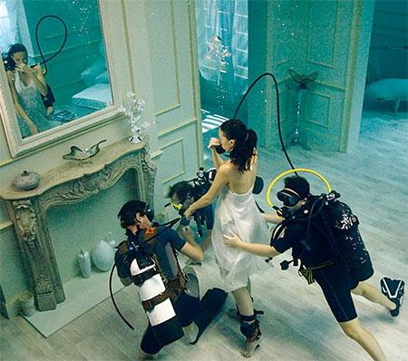 Phoebe Rudomino Underwater Room