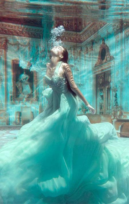 Phoebe Rudomino Underwater