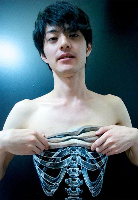 Hikaru Cho Illusion Body Art