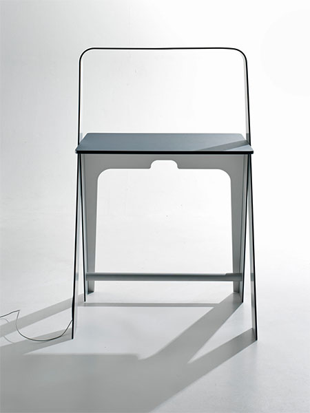 Torafu Light Light Desk