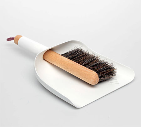 MENU Sweeper and Dustpan