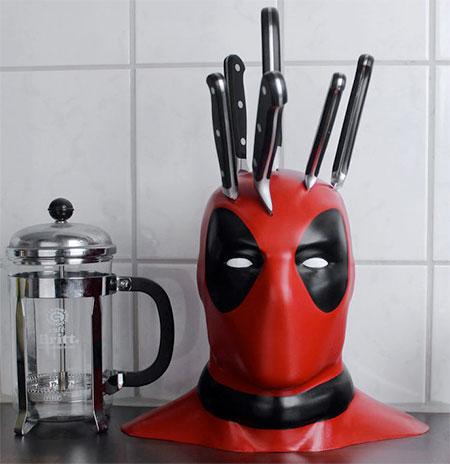 Deadpool Head Knife Block