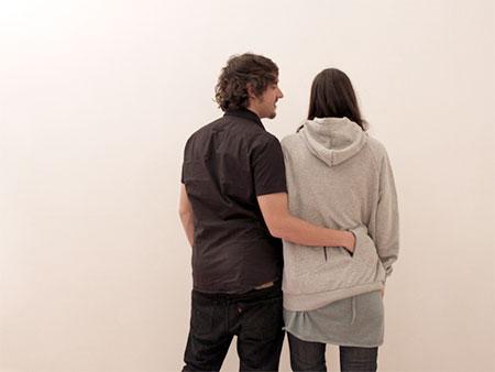 Entresuelo1a Hug Me Hoodie