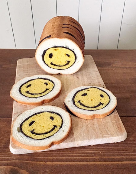 Smile Bread