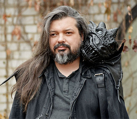Ukrainian Artist Bob Basset