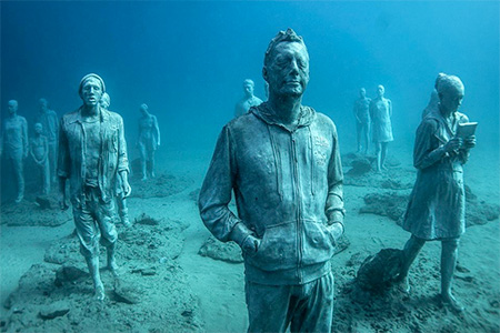 Artist Jason Decaires
