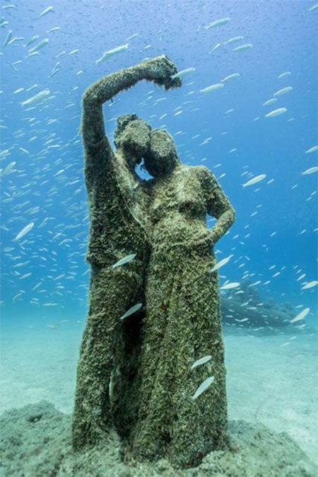 Jason Decaires Underwater Sculptures
