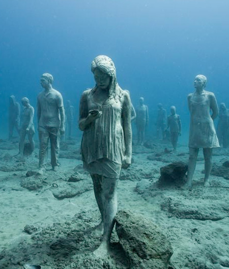 Jason Decaires Underwater Art