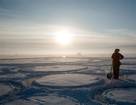 Jim Denevan Frozen Lake Circles