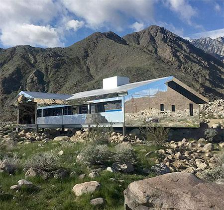 Doug Aitken Mirror House