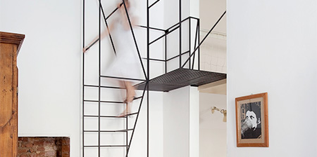 Wireframe Staircase