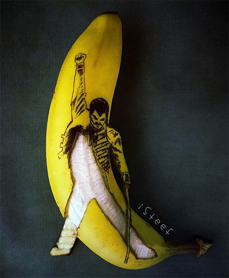 Banana Carving by Stephan Brusche