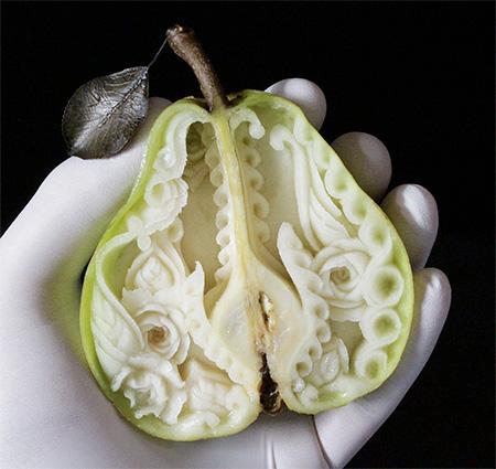 Daniele Barresi Food Carving