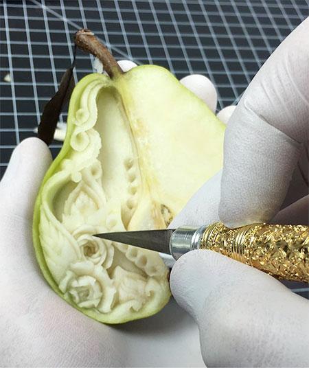 Food Carver Daniele Barresi