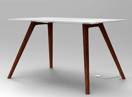Sebastian Lara Dris Apple Desk