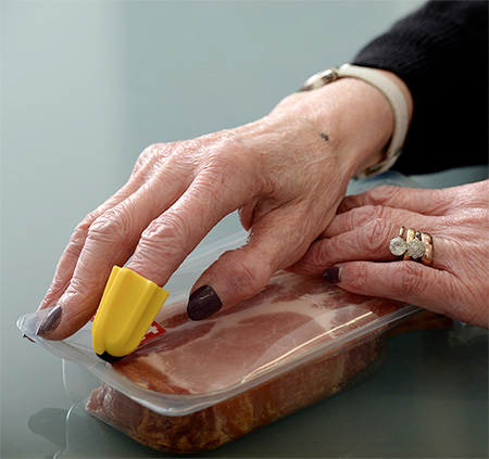 Nimble Finger Cutting Tool