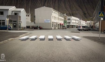 3D Illusion Crosswalk