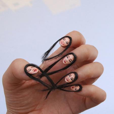 Dain Yoon Selfie Fingernails