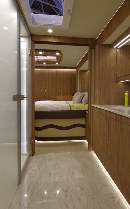 Car Garage Caravan