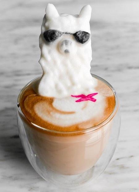 Daphne Tan Coffee Art