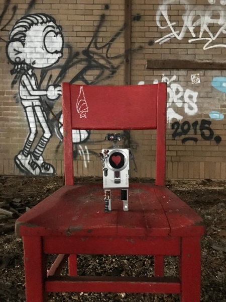 Recycled Camera Robot