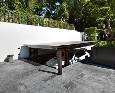 Invisible Garage