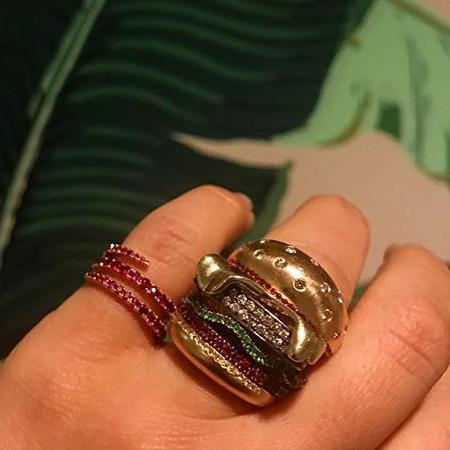 Big Mac Ring