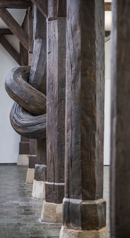 Wood Knot Column