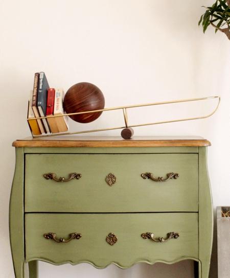 See-Saw Shelf