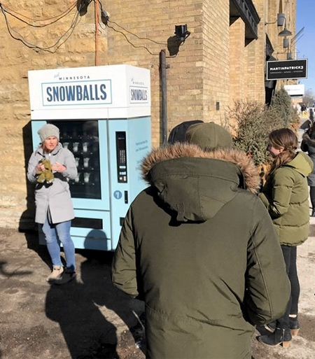 Snowball Machine