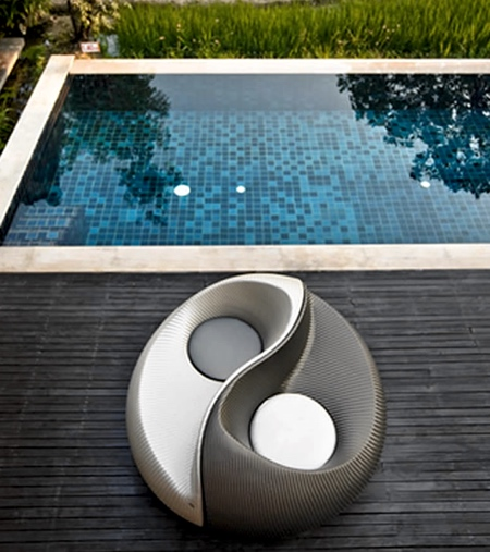 Charmant Yin Yang Lounge Chairs. Also Check Out: 17 Cool And Unusual Chairs