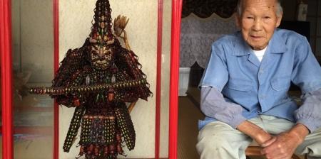Samurai Made of Bugs