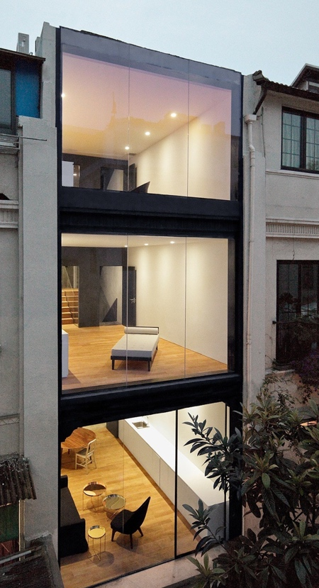 Glass Townhouse in China