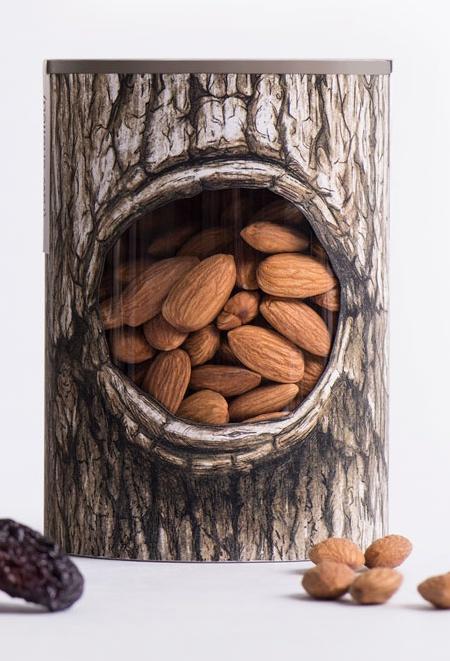 Tree Trunk Nuts Packaging