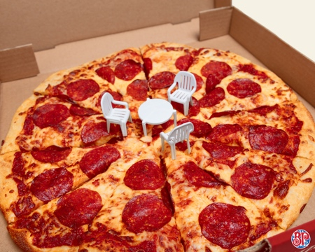 Boston Pizza Patio Set